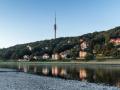 Elbe mit Fernsehturm Dresden