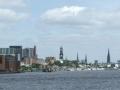 Panorama Hamburgs von der Elbe