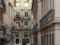 Straßenszene mit Azulejos Haus