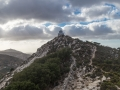 Kapelle auf Bergspitze
