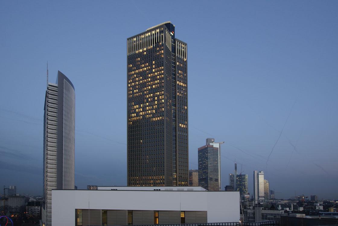 Tower 185 mit Pollux
